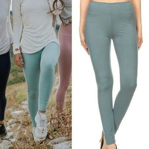 Dusty Sage High Waisted Leggings